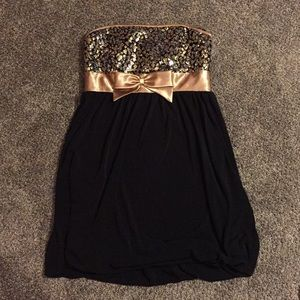 Homecoming /event strapless dress